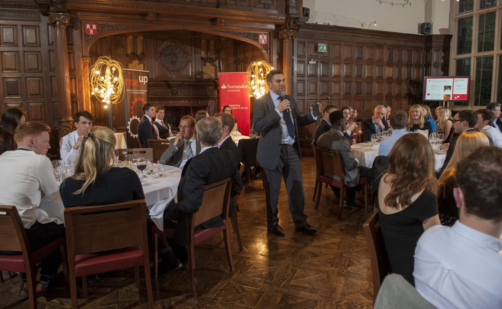 Gareth Trainer hosts a Rise Up dinner for new and experienced entrepreneurs